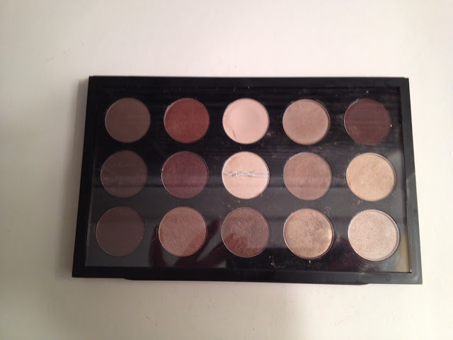 Clear Palette with Insert