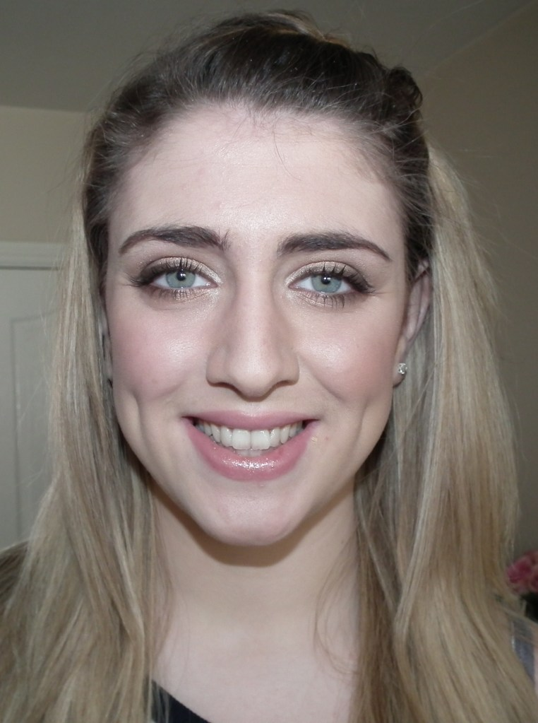 Natural Makeup on Laura